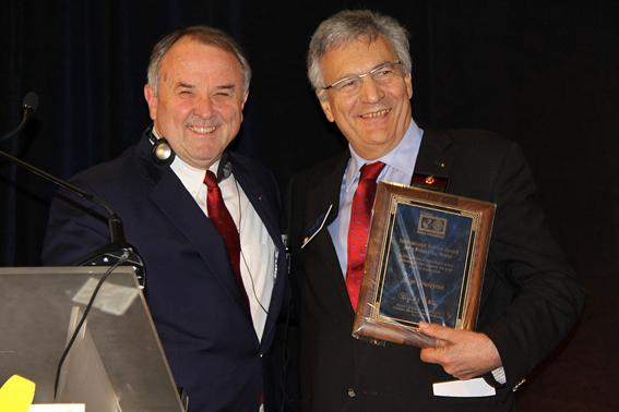 Remise du prix international du Rotary pour la Polio lors de l'Institute du Rotary à Monaco en Novembre 2013