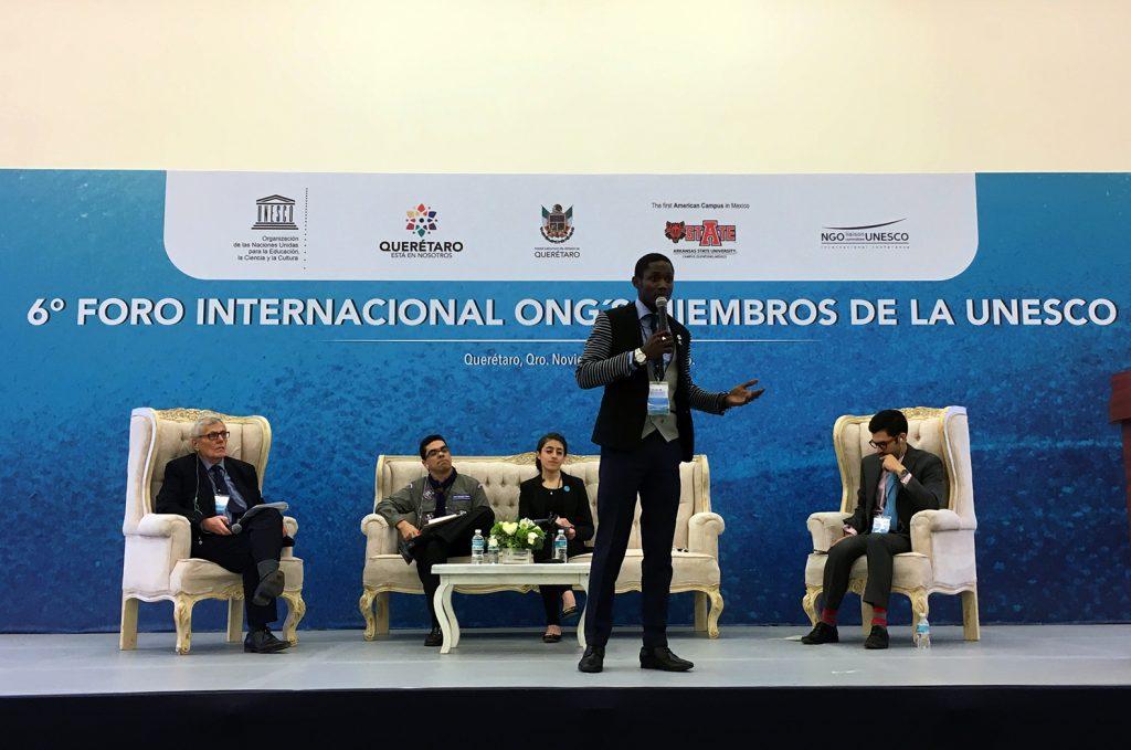 Intervention de Stéphane Nze-Nguema, membre du Rotaract de Librevillel ors du panel sur l'engagement des jeunes pour la paix